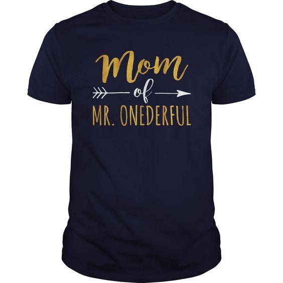 Mom Of Mr Onederful T-Shirt AV1N