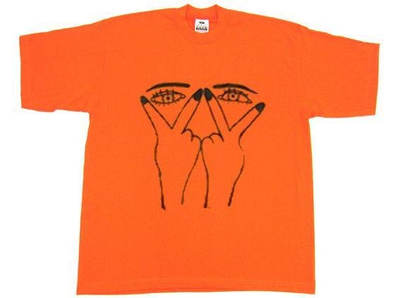 Two Eyes Hand T-shirt AI6N